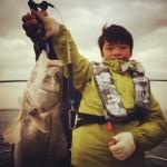 魚を釣って貰うには!キッズのボートシーバスチャレンジ