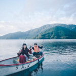 【芦ノ湖のワカサギ釣り】は楽チンで楽しい!エサ無しのから針で夢の10点掛けも!?